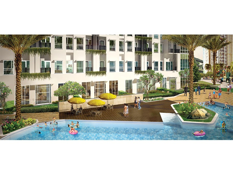 Exterior Pool View Townhouse